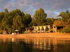 Kaya Mawa am Lake Malawi Restaurant